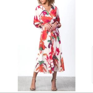 HP!🥳 White Pleated Floral Midi Dress